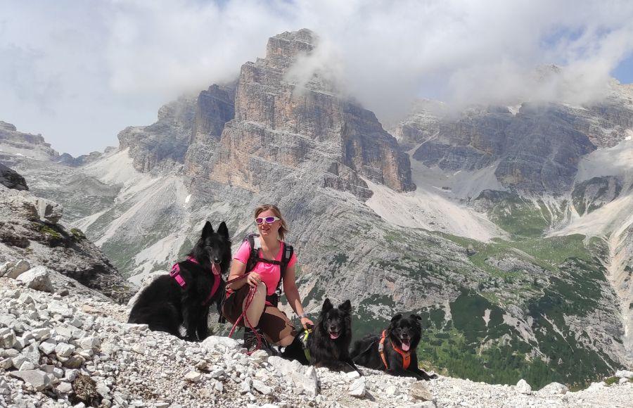 Dog trekking di Anna Faldi sulle Dolomiti